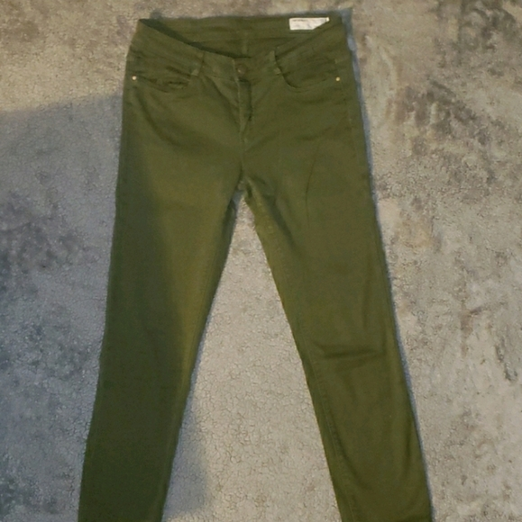 Zara Trafulac Skinny Olive Green Size 6 Jeans